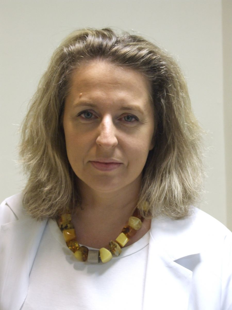 Dr Anna Skowrońska